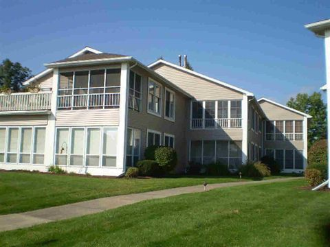 510 S Harkless Dr 7 Condos 7 Hbr Unit Marsh, Syracuse, IN 46567