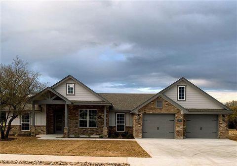 Photo of 135 Rachel Loop, Burnet, TX 78611