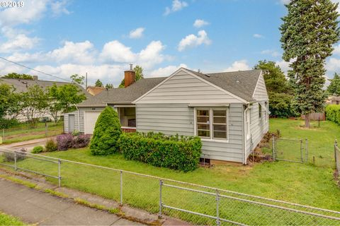 Photo of 6318 Se 87th Ave, Portland, OR 97266