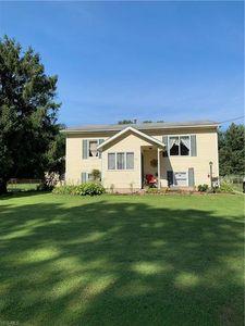 1411 Westfield Ave Sw, North Canton, OH 44720 - realtor.com®