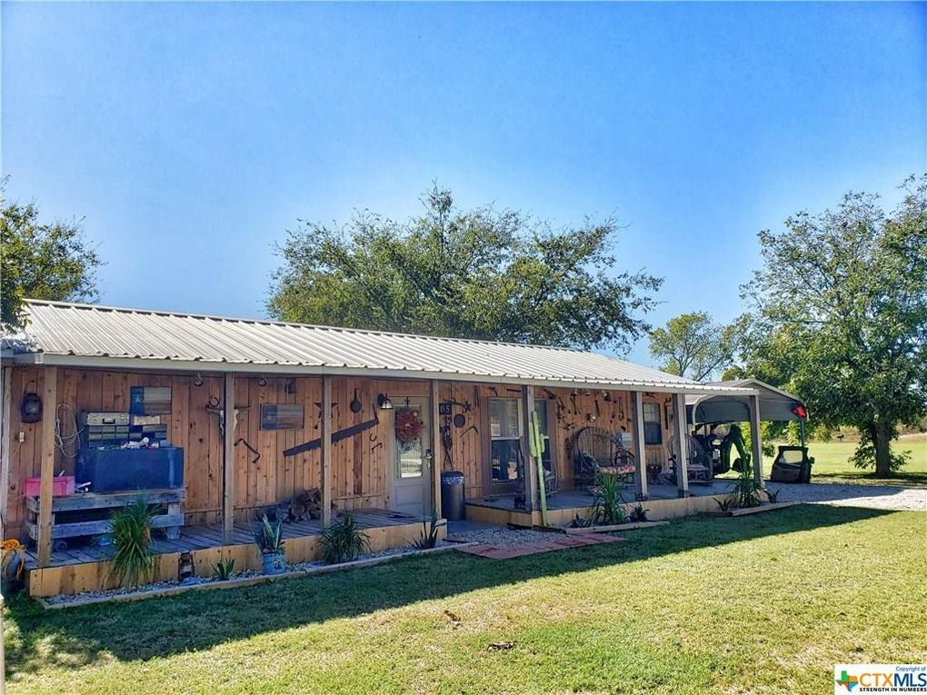 103 and 105 River Rd Gatesville, TX 76528