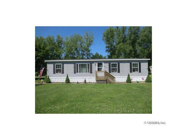 305 macintosh ln ontario ny 14519 home for sale and
