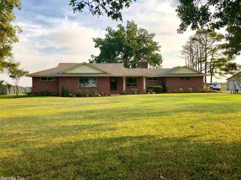 Photo of 3011 E County Road 262, Blytheville, AR 72315
