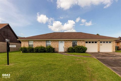 3524 Brittany Ave, Port Acres, TX 77642