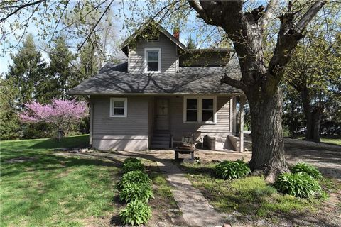 Southeast Indianapolis, Indianapolis, IN Real Estate & Homes