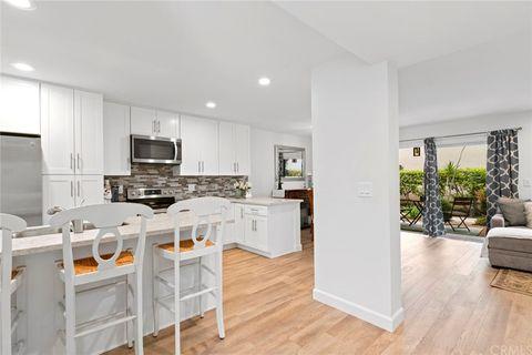 Photo of 3065 Club House Cir, Costa Mesa, CA 92626