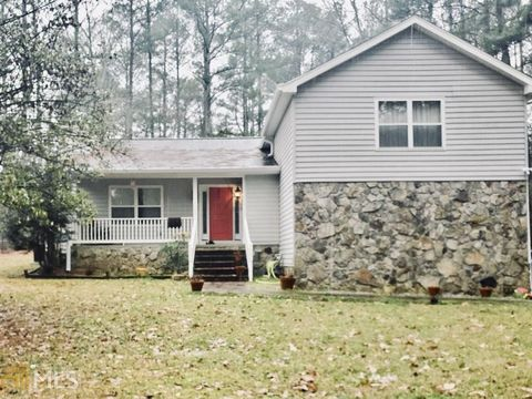 Photo of 110 Julie Rd, Tyrone, GA 30290