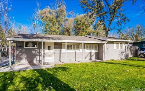 23433 8th St, Newhall, CA 91321