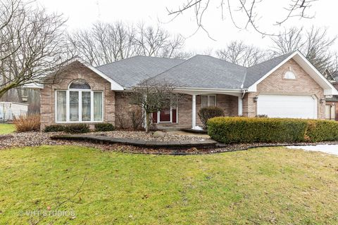 Photo of 18711 Forest View Ln, Lansing, IL 60438