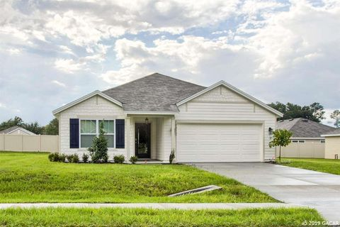 Photo of 19512 Nw 228th Dr, High Springs, FL 32643