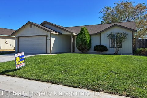 Photo of 1659 Round Up Rd, Fernley, NV 89408