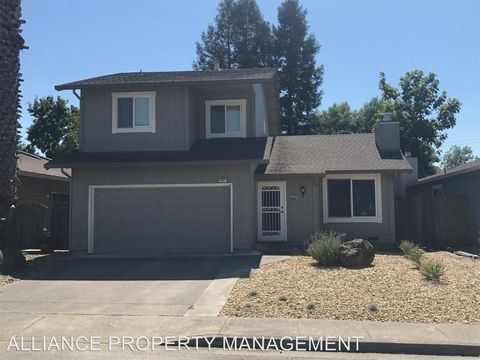 Photo of 312 Kiva Pl, Santa Rosa, CA 95403