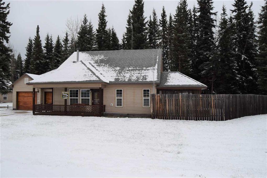 3400 Liberty Ct, North Pole, AK 99705