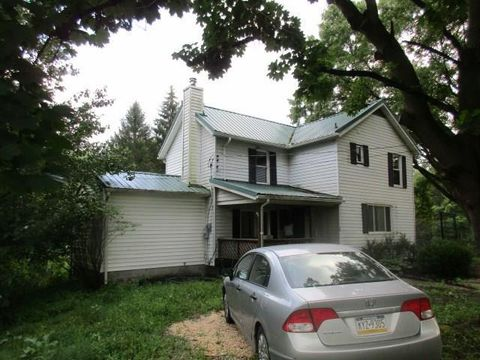 Photo of 44 Bedford Rd, West Middlesex, PA 16159