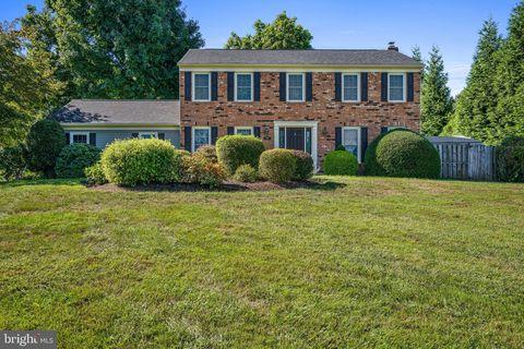 Photo of 6110 Green Cap Pl, Fairfax, VA 22030