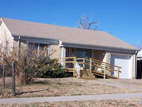 1207 Avenue G, Dodge City, KS 67801