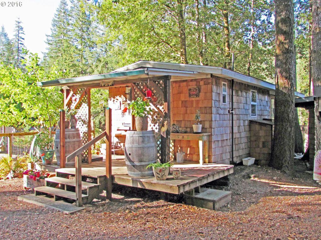 N bank chetco river rd brookings or 97415 for Cabin rentals brookings oregon