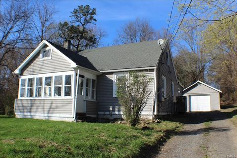 Photo of 70 Conklingtown Rd, Chester, NY 10918