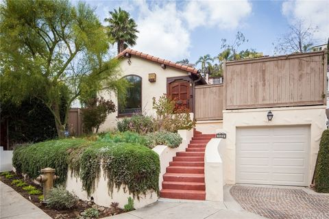 Photo of 6853 Camrose Dr, Los Angeles, CA 90068