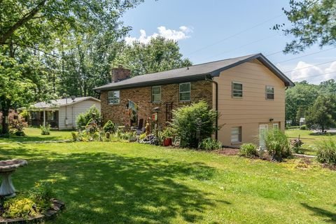 Photo of 6633 Musket Trl, Knoxville, TN 37920