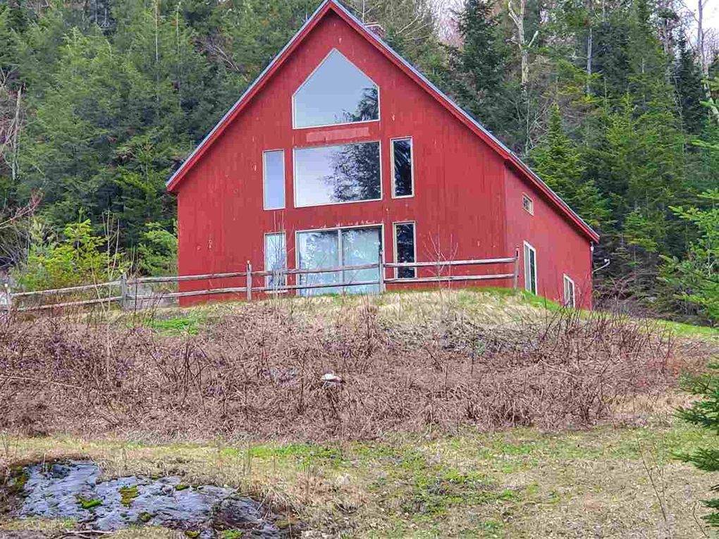 117 Sterling Woods Rd, Stowe, VT 05672