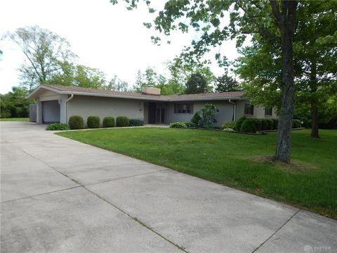Photo of 305 Normandy Ridge Rd, Washington Township, OH 45459