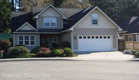 Photo of 7009 Welch Ct, Brookings, OR 97415
