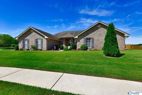 2502 Oxmoor Blvd SW, Huntsville, AL 35803