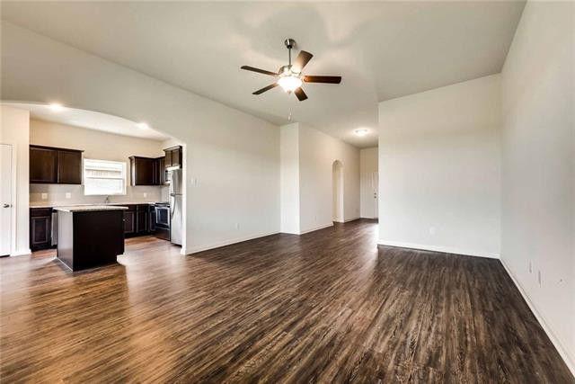 1532 Conley Ln, Crowley, TX 76036