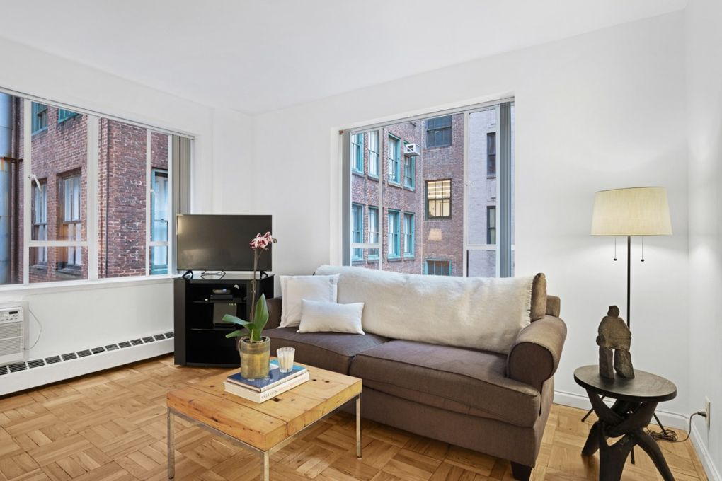 15 W 12th St Apt 6 G, Manhattan, NY 10011