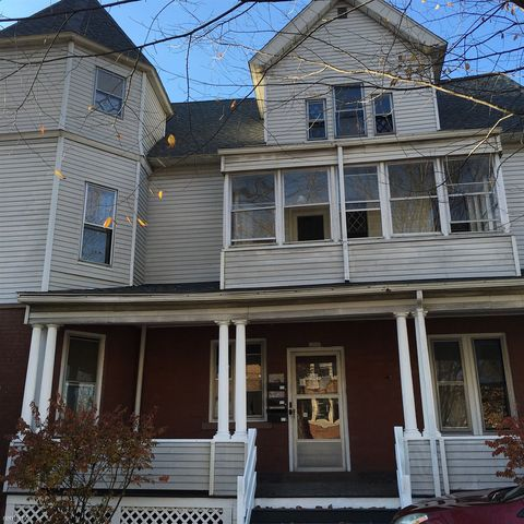 Photo of 51 Oxford St, Hartford, CT 06105