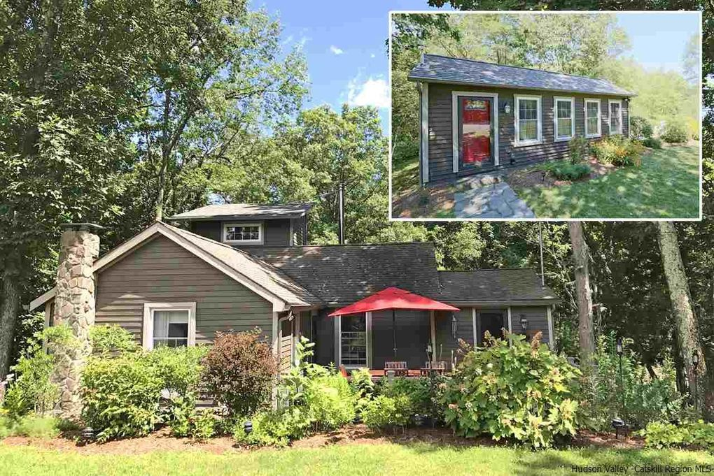 64 Bellwood Rd Saugerties, NY 12477