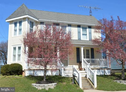 Photo of 301 E Baltimore St, Taneytown, MD 21787