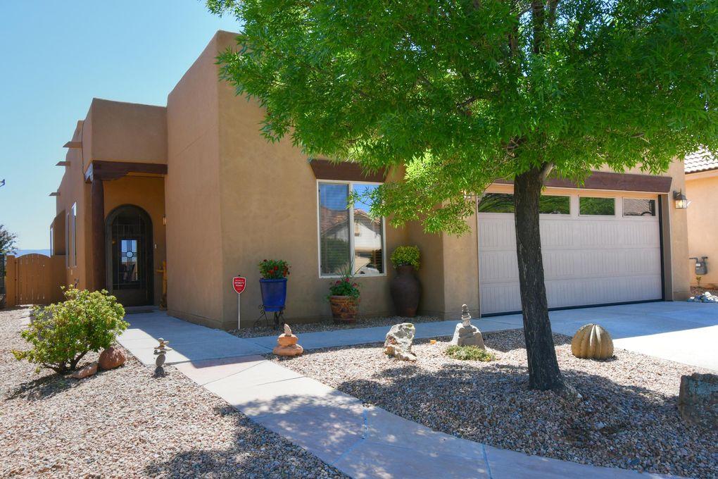 948 Desert Willow Ct Bernalillo, NM 87004