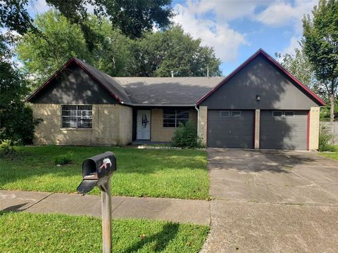 Photo of 4014 Willowind Dr, Pasadena, TX 77504