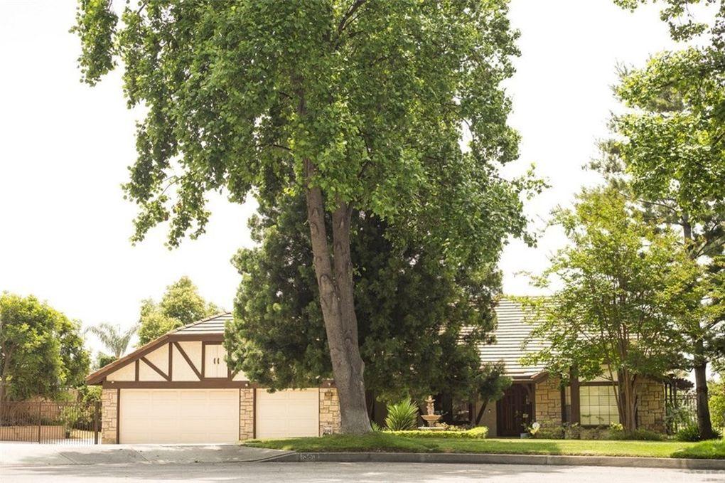 360 Paxton Ct Upland, CA 91784