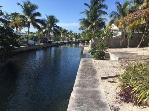 260 Mars Ln, Key West, FL 33040