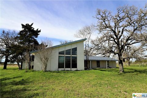 Photo of 1082 Diebel Rd, Goliad, TX 77993