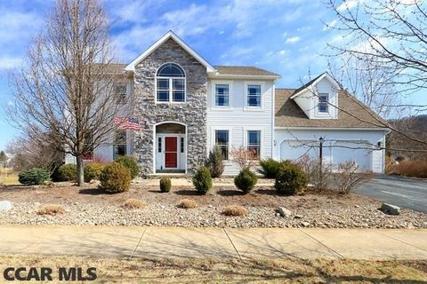 170 Chester Dr, Pine Grove Mills, PA 16868