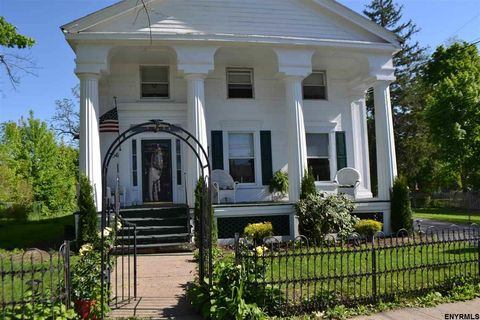 Photo of 756 Hudson Ave, Stillwater, NY 12170