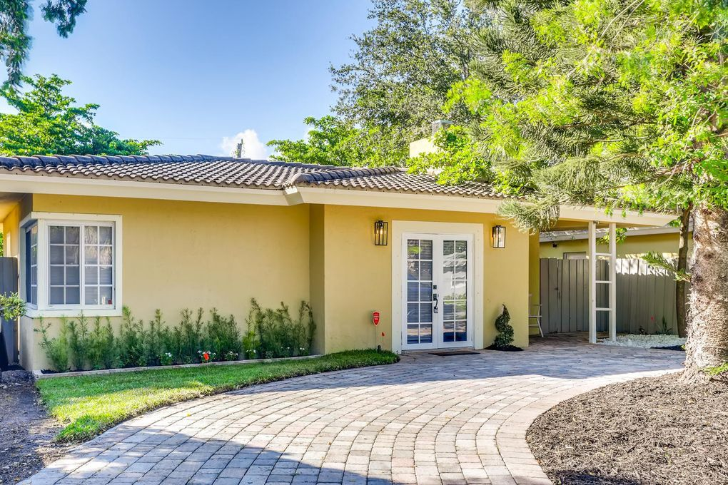 1217 Nw 7th Ave Fort Lauderdale Fl 33311 Realtor Com