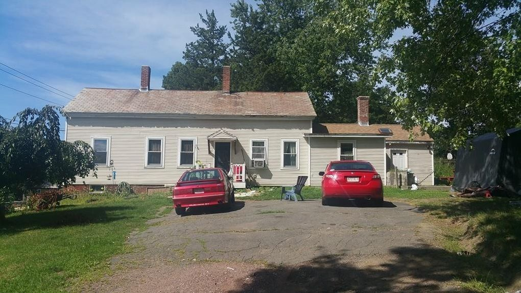 33 Washington St, Greenfield, MA 01301