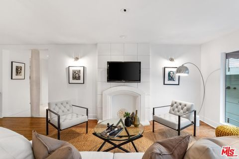 Photo of 8490 Fountain Ave Apt 202, West Hollywood, CA 90069