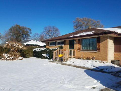 Photo of 8820 S Carol Ct, Oak Creek, WI 53154