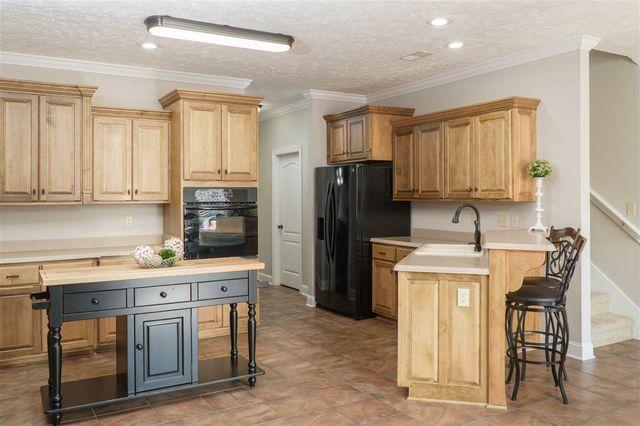 Kitchen Cabinets Jackson Tn 19 darlington cv, jackson, tn 38305 - realtor®