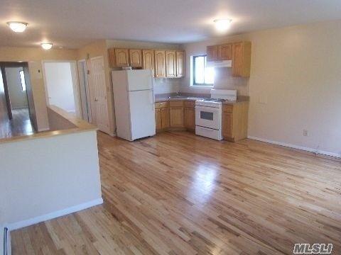 144 51 85th Ave Unit 2 Nd, Briarwood, NY 11435