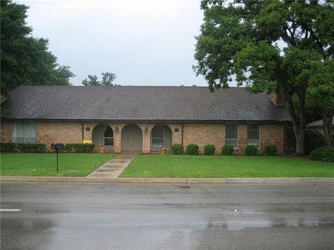4912 Arborlawn Dr, Fort Worth, TX 76109