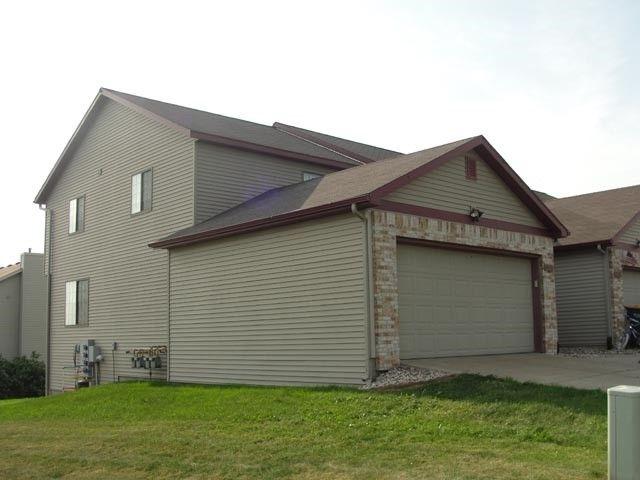 1113 1119 N Windsor Ave Cottage Grove Wi 53527 Realtor