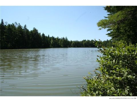 Photo of 385 N Palermo Rd, Palermo, ME 04354