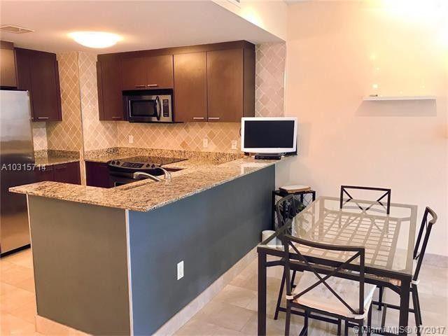 3001 Sw 27th Ave Apt 305, Miami, FL 33133